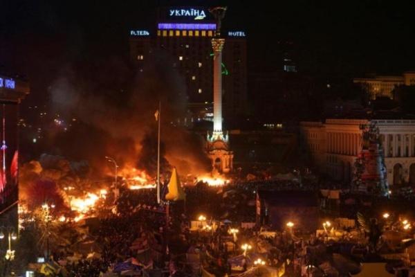 Запеклі сутички в центрі Києва. 19 лютого. Фото Reuters