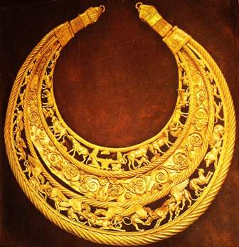 Золота пектораль. IV століття до н. е. Товста Могила.