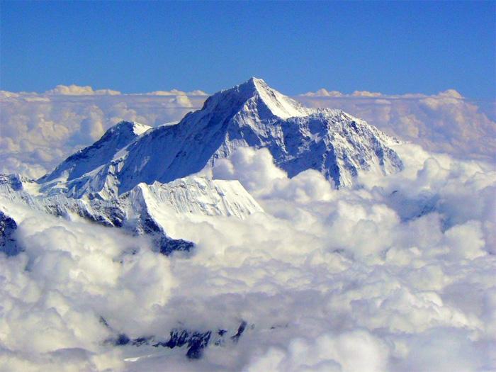 Найвища вершина світу - г. Джомолунгма